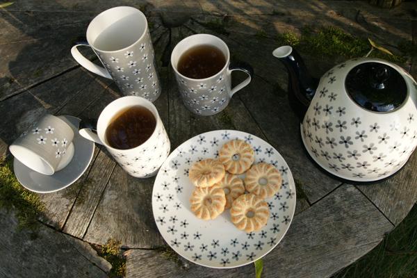 šálky na čaj  snow flower